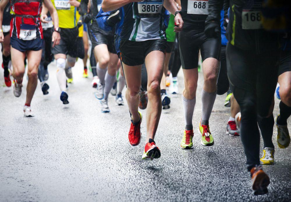 atletas na corrida da Pampulha