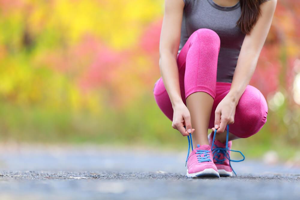 atleta mostrando como melhorar a postura na corrida