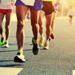 vários atletas de grupos de corrida de rua