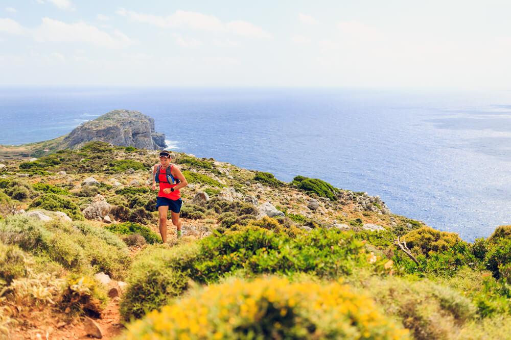 corrida de montanha com paisagem incrível